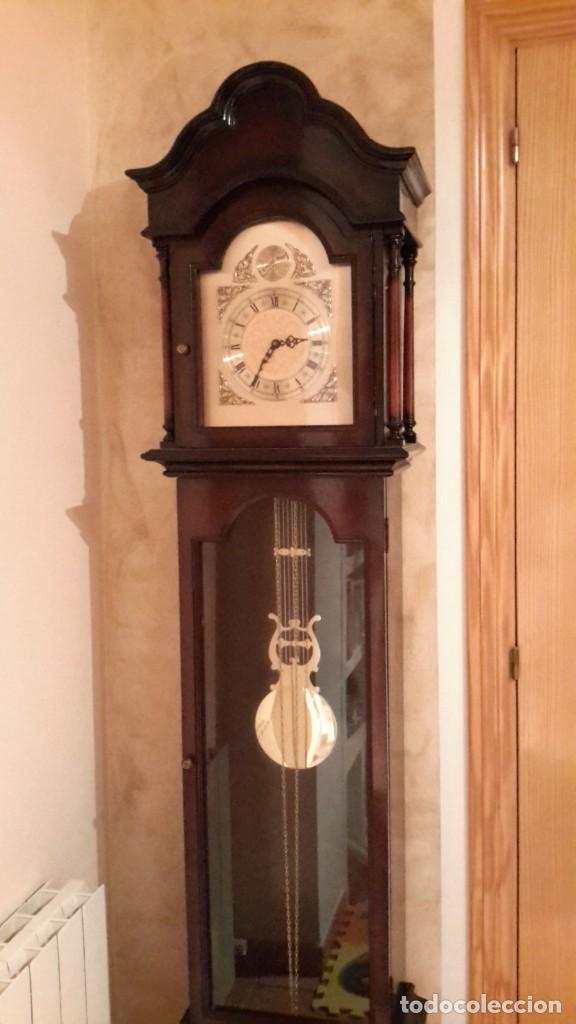 RELOJ DE PIE TEMPUS FUGIT (Relojes - Pie Carga Manual)