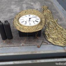 Orologi a pendolo: MECANISMO COMPLETO RELOJ MOREZ CON SU SOPORTE EN FORJA. Lote 278405228