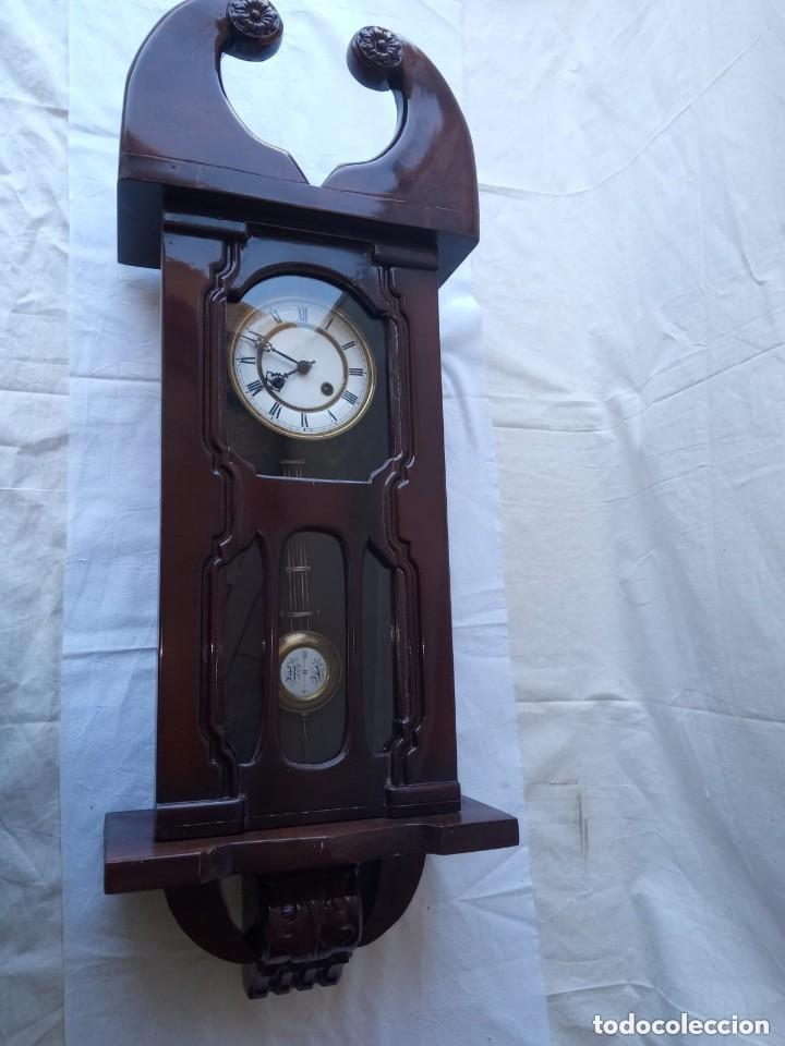 Relojes de pie: Reloj antiguo de pared mecánico con su péndulo a cuerda - Foto 4 - 287410463