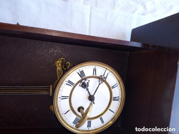 Relojes de pie: Reloj antiguo de pared mecánico con su péndulo a cuerda - Foto 7 - 287410463
