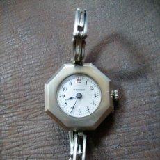 Relojes de pulsera: MAGNIFICO RELOJ DE SEÑORA AÑOS 30 RADIANT DE PLATA FUNCIONANDO. Lote 27573975
