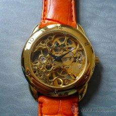 Relojes de pulsera: SKELETON HERMOSO RELOJ MECANICO TRANSPARENTE -LA BELLE-. UNISEX. NUEVO -ORIGINAL-. Lote 22630452