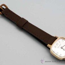 Relojes de pulsera: RELOJ SEÑORA ROYMAT 17 JEWELS INCABLOC CUERDA AÑOS 60. Lote 21650944
