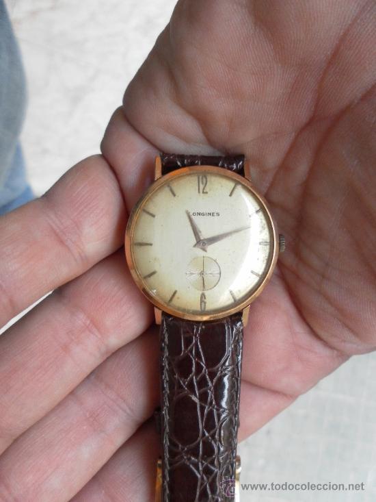 2607095fc34c Antiguo reloj. De pulsera. Longines. Oro de 18 Quilates. En estado de  marcha.