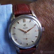 Relojes de pulsera: ANTIGUO Y RARO MODELO DE RELOJ DE CABALLERO CYMA TRIPLEX. Lote 50473417
