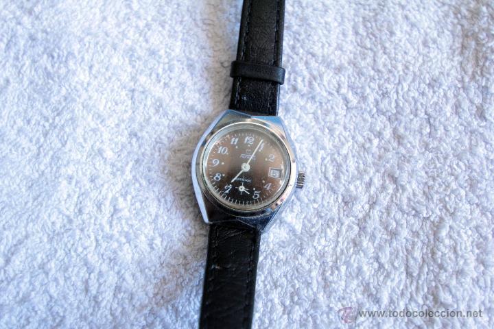 Relojes de pulsera: RELOJ DE SEÑORA DE PULSERA -TORMAS- , FUNCIONANDO, A CUERDA. AÑOS 70 - Foto 2 - 48155115