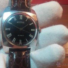 Relojes de pulsera: RELOJ VINTAGE WOSTOK DE 18 RUBÍS, CON ESFERA NEGRA, MADE IN URSS, DE CUERDA.... Lote 52144860