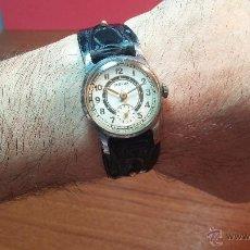 Relojes de pulsera: RELOJ VINTAGE POBEDA DE LOS PRIMEROS, Nº DE SERIE BAJÍSIMO 47030, DE CUERDA Y 15 RUBIES. Lote 53713888