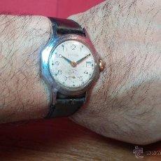 Relojes de pulsera: RELOJ MILITAR VINTAGE BOSTOK DE LA ANTIGUA URSS DE CUERDA, 17 RUBIES Nº 81450 MUY BAJO. Lote 53734745