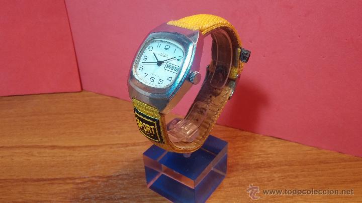 Relojes de pulsera: RELOJ RAKETA DE LA CCCP VINTAGE de CUERDA, IDEAL PARA USO DIARIO, Nº 2628-H - Foto 30 - 53737009