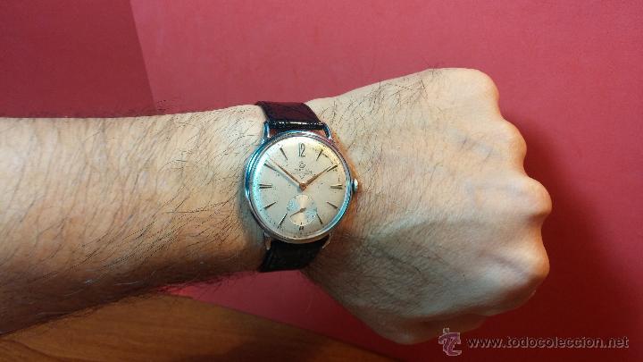 Relojes de pulsera: Raro reloj Certina Kurth Freres, calibre 330, de 15 rubíes y con UN muy curioso logo terminado en V - Foto 15 - 53754493