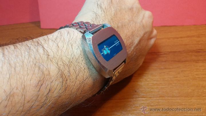 Relojes de pulsera: Reloj Suizo NILDA de cuerda DIGITAL, años 70, de los primeros digitales de carga manual - Foto 55 - 66126355