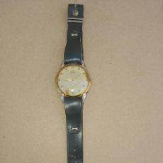 Relojes de pulsera: RELOJ ANTIGUO DE PULSERA MARCA JOSGAR FABRICADO EN SUIZA REVERSO VITORIA SIMBOLOS DE NAIPES ESPAÑOLE. Lote 55690898