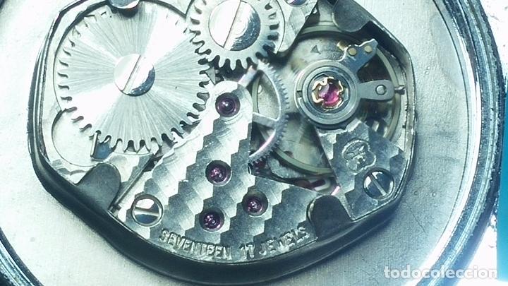 Relojes de pulsera: Botito reloj de cuerda Leonix, muy antiguo, funcionando - Foto 18 - 70253161