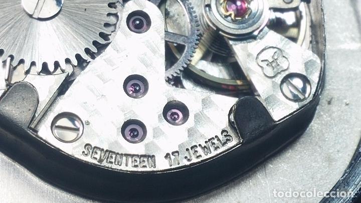 Relojes de pulsera: Botito reloj de cuerda Leonix, muy antiguo, funcionando - Foto 20 - 70253161