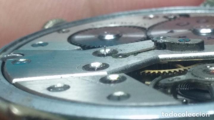 Relojes de pulsera: Botito, enorme y antiquisimo reloj DOGMA de caballero, anda un poquito si se mueve y se para.... - Foto 6 - 73609547