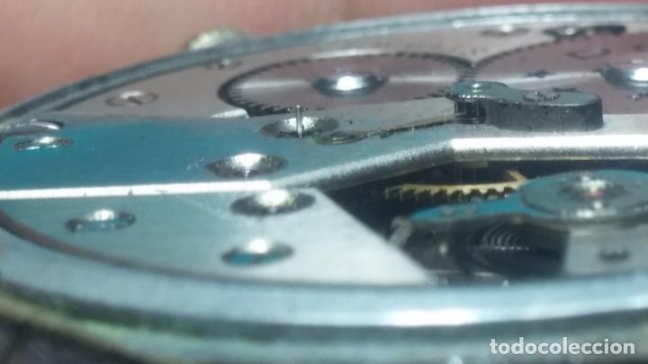 Relojes de pulsera: Botito, enorme y antiquisimo reloj DOGMA de caballero, anda un poquito si se mueve y se para.... - Foto 7 - 73609547