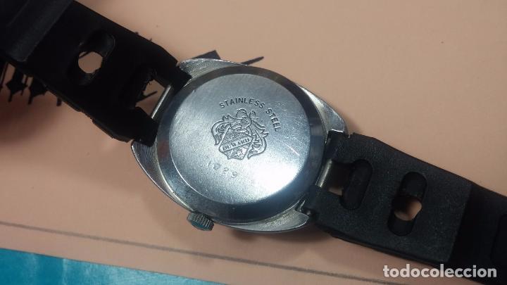 Relojes de pulsera: DOS BOTITOS RELOJ O RELOJES, 2 FANTÁSTICOS CLÁSICOS DE CUERDA DE LOS 70, uno adelanta y otro atrasa - Foto 10 - 75942227