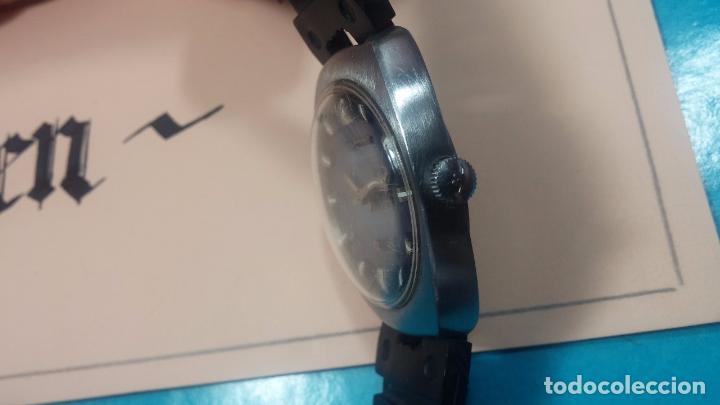Relojes de pulsera: DOS BOTITOS RELOJ O RELOJES, 2 FANTÁSTICOS CLÁSICOS DE CUERDA DE LOS 70, uno adelanta y otro atrasa - Foto 13 - 75942227