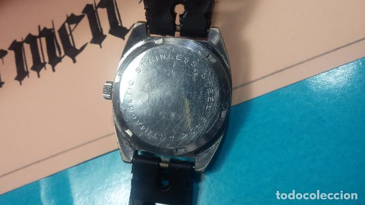 Relojes de pulsera: DOS BOTITOS RELOJ O RELOJES, 2 FANTÁSTICOS CLÁSICOS DE CUERDA DE LOS 70, uno adelanta y otro atrasa - Foto 16 - 75942227