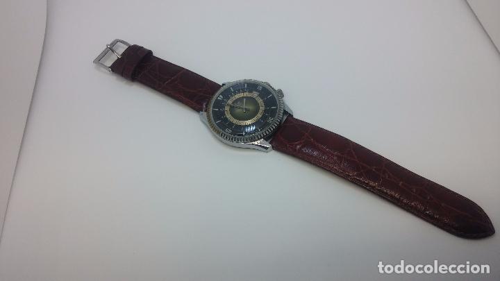 Relojes de pulsera: Botito reloj de cuerda de caballero vintage, muy grande 4,50 aprox c/c y antiguo, funcionando - Foto 5 - 81250792