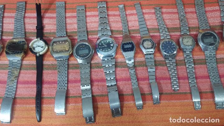 Relojes de pulsera: BOTITO LOTE DE 15 RELOJES VARIADOS, PARA REPARAR O PARA PIEZAS, ALGUNO FUNCIONA - Foto 5 - 83575164