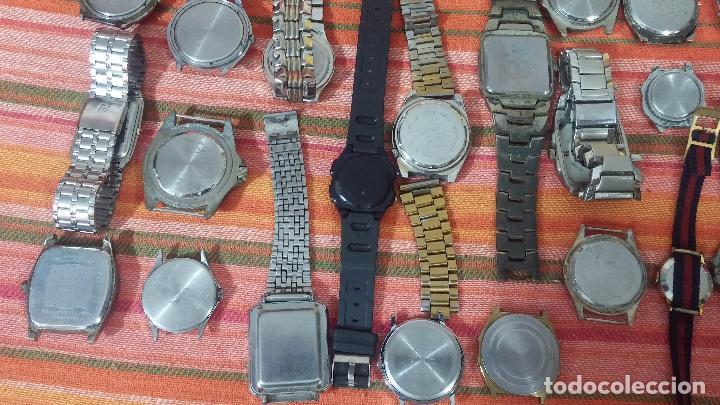 Relojes de pulsera: BOTITO LOTE DE 35 RELOJES VARIADOS, PARA REPARAR O PARA PIEZAS, ALGUNO FUNCIONA - Foto 7 - 83580136