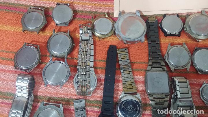 Relojes de pulsera: BOTITO LOTE DE 35 RELOJES VARIADOS, PARA REPARAR O PARA PIEZAS, ALGUNO FUNCIONA - Foto 8 - 83580136
