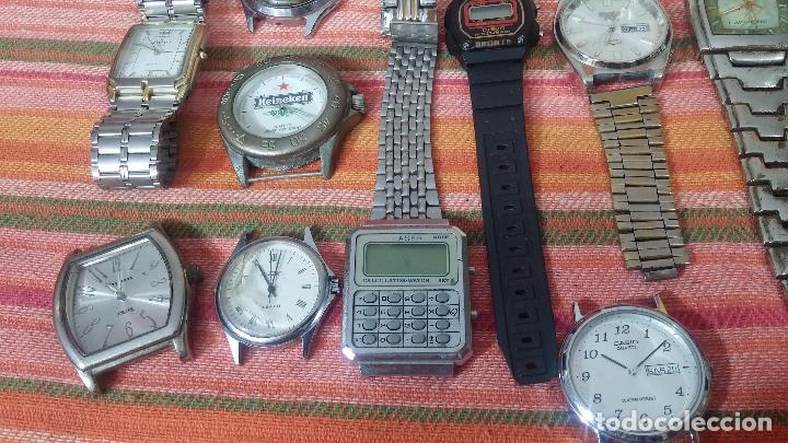 Relojes de pulsera: BOTITO LOTE DE 35 RELOJES VARIADOS, PARA REPARAR O PARA PIEZAS, ALGUNO FUNCIONA - Foto 29 - 83580136