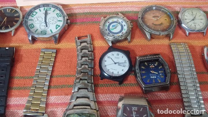 Relojes de pulsera: BOTITO LOTE DE 35 RELOJES VARIADOS, PARA REPARAR O PARA PIEZAS, ALGUNO FUNCIONA - Foto 32 - 83580136