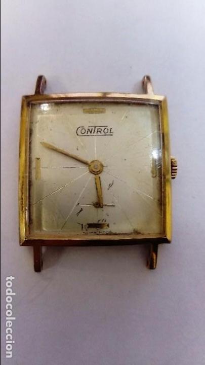 BONITO RELOJ CONTROL CUADRADO (Relojes - Pulsera Carga Manual)