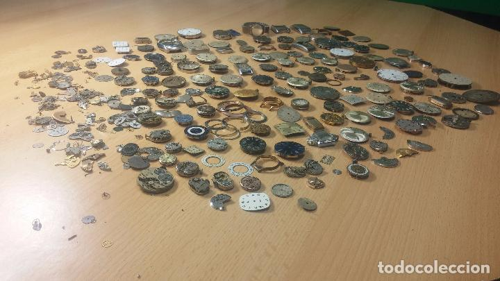 Relojes de pulsera: Gran colección de maquinas de reloj o relojes antiguos muy botitos, para reparar o para piezas... - Foto 4 - 103250643