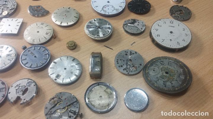 Relojes de pulsera: Gran colección de maquinas de reloj o relojes antiguos muy botitos, para reparar o para piezas... - Foto 5 - 103250643