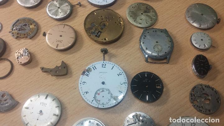 Relojes de pulsera: Gran colección de maquinas de reloj o relojes antiguos muy botitos, para reparar o para piezas... - Foto 6 - 103250643