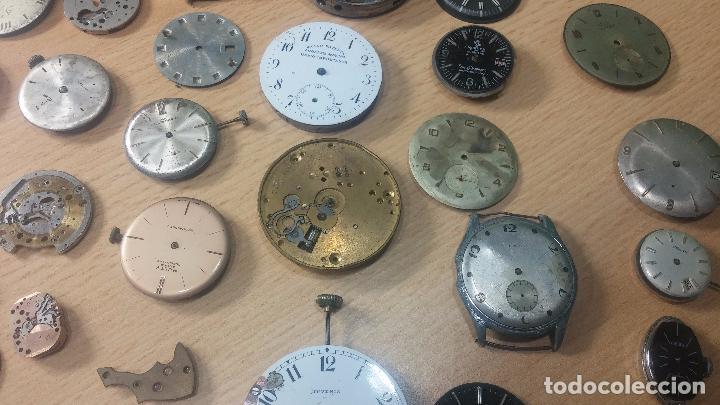 Relojes de pulsera: Gran colección de maquinas de reloj o relojes antiguos muy botitos, para reparar o para piezas... - Foto 7 - 103250643