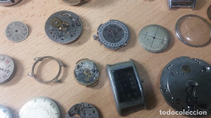 Relojes de pulsera: Gran colección de maquinas de reloj o relojes antiguos muy botitos, para reparar o para piezas... - Foto 14 - 103250643