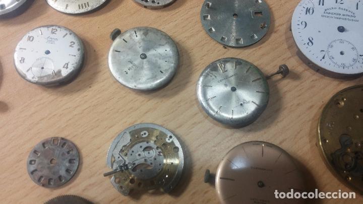 Relojes de pulsera: Gran colección de maquinas de reloj o relojes antiguos muy botitos, para reparar o para piezas... - Foto 17 - 103250643