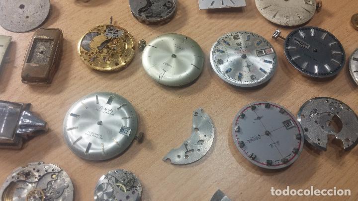 Relojes de pulsera: Gran colección de maquinas de reloj o relojes antiguos muy botitos, para reparar o para piezas... - Foto 25 - 103250643