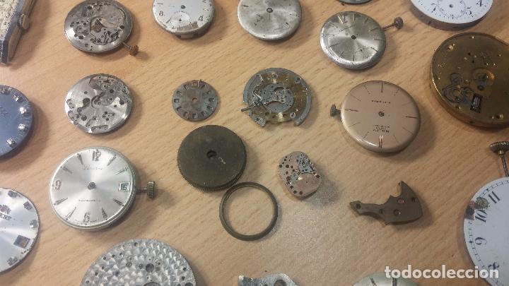 Relojes de pulsera: Gran colección de maquinas de reloj o relojes antiguos muy botitos, para reparar o para piezas... - Foto 30 - 103250643