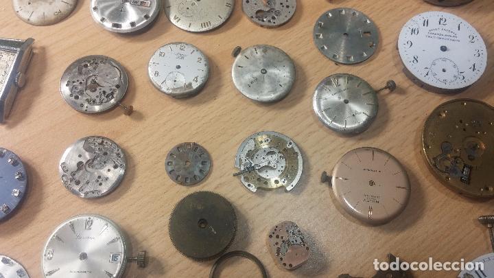 Relojes de pulsera: Gran colección de maquinas de reloj o relojes antiguos muy botitos, para reparar o para piezas... - Foto 31 - 103250643