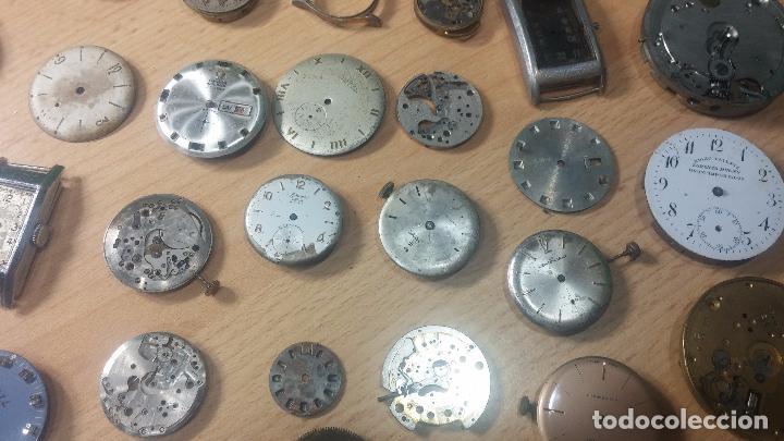 Relojes de pulsera: Gran colección de maquinas de reloj o relojes antiguos muy botitos, para reparar o para piezas... - Foto 32 - 103250643