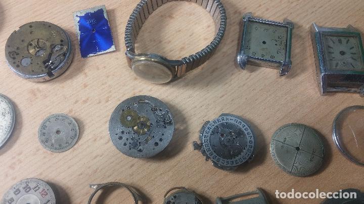 Relojes de pulsera: Gran colección de maquinas de reloj o relojes antiguos muy botitos, para reparar o para piezas... - Foto 36 - 103250643