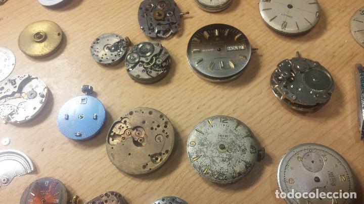Relojes de pulsera: Gran colección de maquinas de reloj o relojes antiguos muy botitos, para reparar o para piezas... - Foto 67 - 103250643