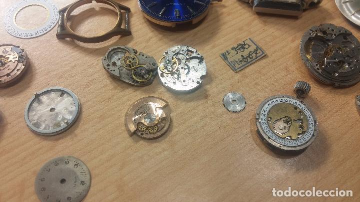 Relojes de pulsera: Gran colección de maquinas de reloj o relojes antiguos muy botitos, para reparar o para piezas... - Foto 75 - 103250643