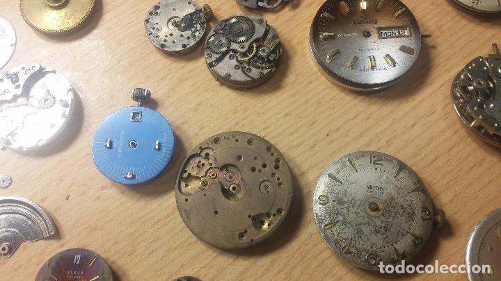 Relojes de pulsera: Gran colección de maquinas de reloj o relojes antiguos muy botitos, para reparar o para piezas... - Foto 84 - 103250643