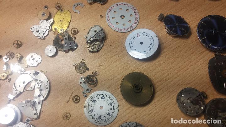 Relojes de pulsera: Gran colección de maquinas de reloj o relojes antiguos muy botitos, para reparar o para piezas... - Foto 93 - 103250643