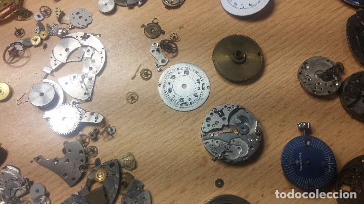 Relojes de pulsera: Gran colección de maquinas de reloj o relojes antiguos muy botitos, para reparar o para piezas... - Foto 94 - 103250643