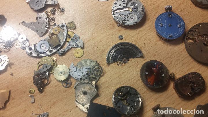 Relojes de pulsera: Gran colección de maquinas de reloj o relojes antiguos muy botitos, para reparar o para piezas... - Foto 96 - 103250643
