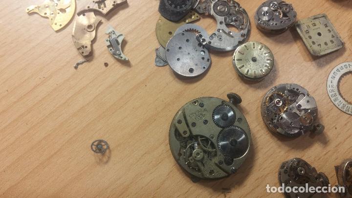 Relojes de pulsera: Gran colección de maquinas de reloj o relojes antiguos muy botitos, para reparar o para piezas... - Foto 103 - 103250643