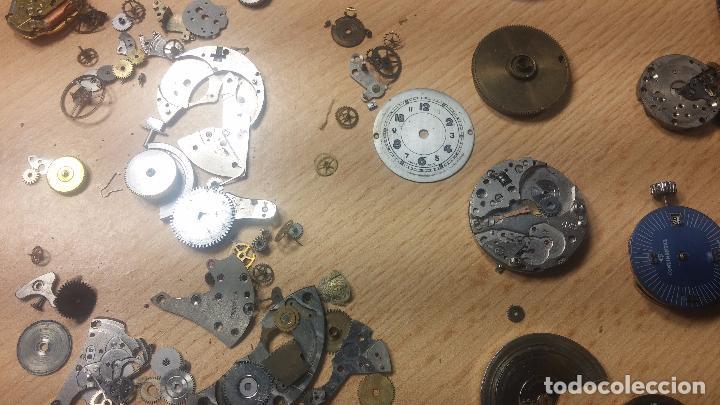Relojes de pulsera: Gran colección de maquinas de reloj o relojes antiguos muy botitos, para reparar o para piezas... - Foto 109 - 103250643